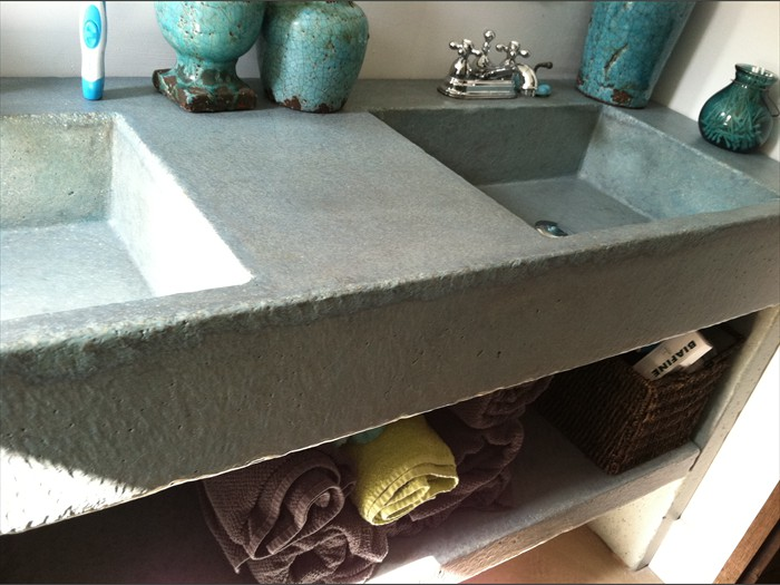 7 of 38    |    Rustic Pedestal Concrete Sink with Shelf - Original